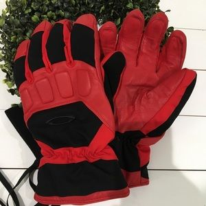 Oakley GorTex snowboard Gloves